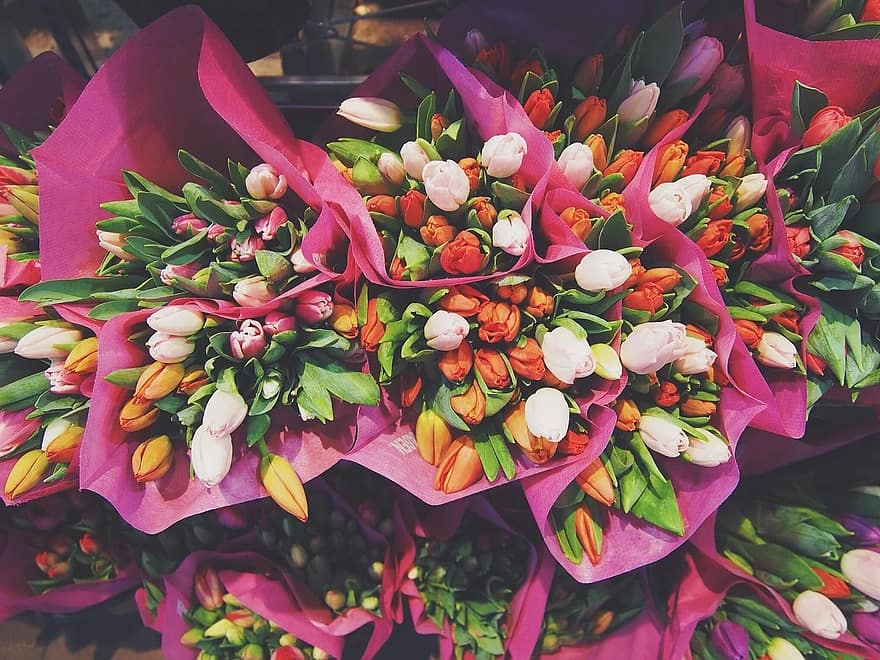 Bloemen bezorgen: de drie leukste manieren