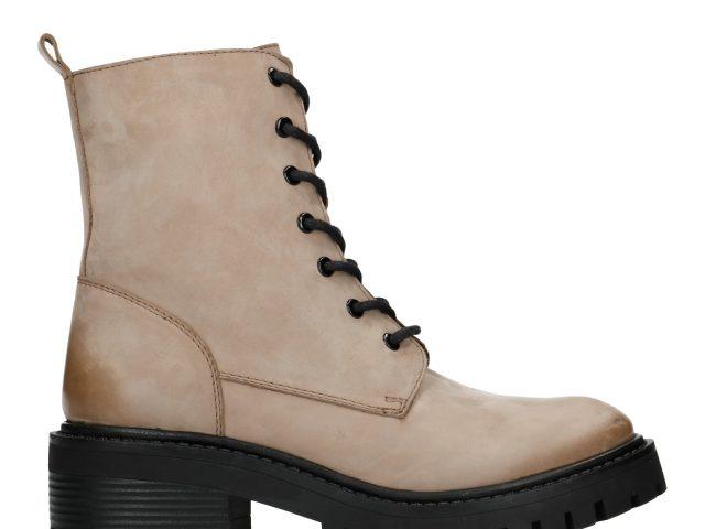 Dit zijn de grootste kleurentrends op het gebied van schoenen in de winter van 2020/2021