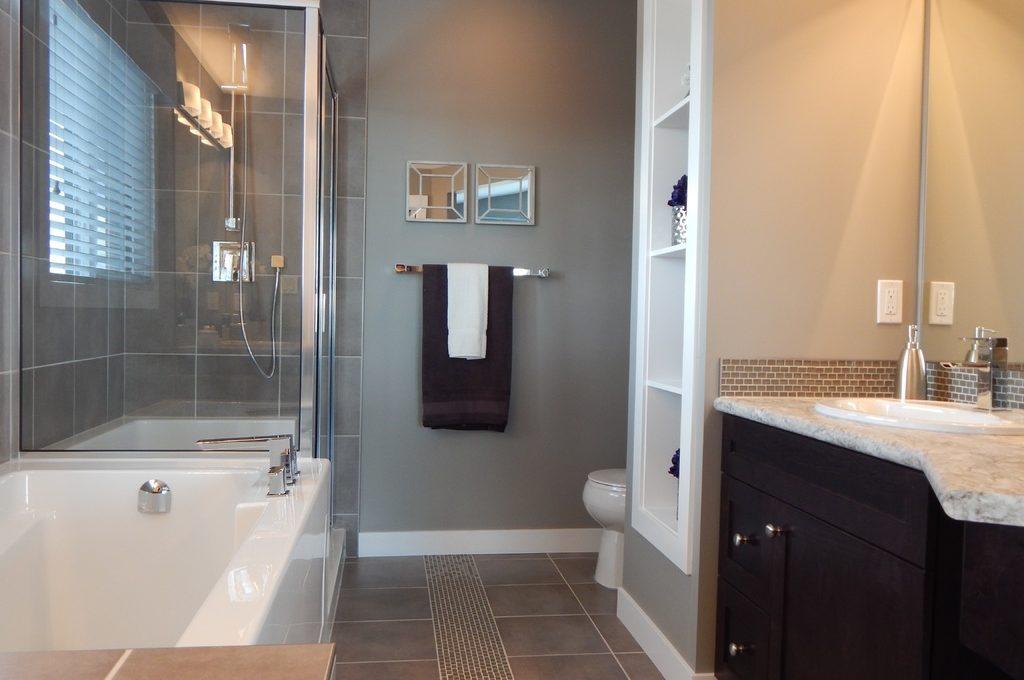 Maak je eigen spa met een beton ciré badkamer